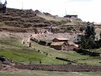 12 Vi besöker en indianby uppe i bergen