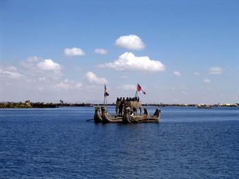 14 Titicacasjön-världens högsta farbara sjö