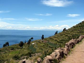 19 Taquile - en ö med fantastiska vackra vyer